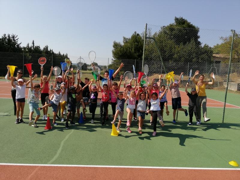 Les élèves de l'école St-Joseph à St-Just d'Ardèche...