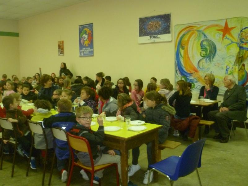 Opération bol de riz à l'école Ste Colombe