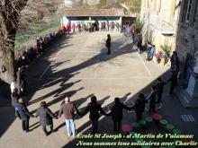 St Martin de Valamas : l'école se rassemble pour la minute de silence